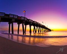 Sharkys pier in Venice Florida Venice Beach Florida, Florida Vacation, Florida Beaches, Florida 2017, Punta Gorda Florida, Great Place To Work, Just Dream, Delray Beach, Beach Town