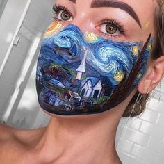 Starry Night Vincent van Gogh inspired - Hobbies paining body for kids and adult Creative Makeup Looks, Unique Makeup, Artist Aesthetic, Aesthetic Makeup, Vincent Van Gogh, Painted Vans, Art Van, Make Up Art, Night Makeup