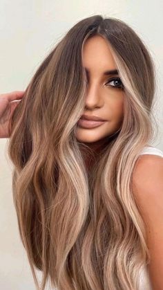 Brown Hair Balayage, Hair Color Balayage, Bayalage Light Brown Hair, Dark Blonde Balayage, Bronde Balayage, Bronde Haircolor, Hair Color For Black Hair, Brown Hair Colors, Green Hair