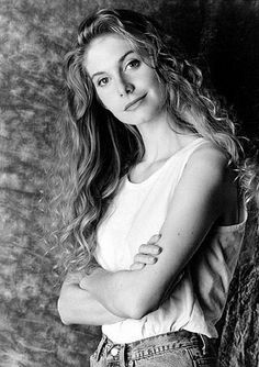 Elizabeth Mitchell in youth