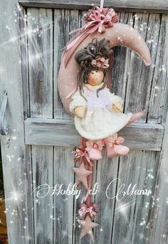 Heavenly Angel - Cloth Doll E-Pattern- Beautiful Holiday Lace Heavenly Angel free standing stump doll Hobbies And Crafts, Diy And Crafts, Christmas Mix, Gift Box Design, Shabby Chic Garden, Girl Baby Shower Decorations, Country Crafts, Flower Fairies, Doll Hair