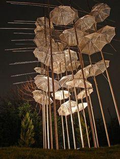 Umbrella Art Installation - by Ingo Maurer (design week in Milan . Umbrella Tree, White Umbrella, Vintage Umbrella, Light Installation, Art Installations, Street Installation, Instalation Art, Ingo Maurer, Parasols