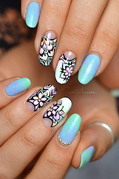 mandala bleu jap nail art tartofraises