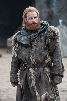 We asked Norwegian Game of Thrones actor Kristofer Hivju about how Tormund fared in that cliffhanger Season 7 finale and all about that fantastic beard. Dessin Game Of Thrones, Got Game Of Thrones, Game Of Thrones Funny, Winter Is Here, Winter Is Coming, Got Characters, Game Of Thrones Characters, Fictional Characters, Tormund Game Of Thrones