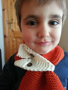 Just knitted a Fox Scarf for my little boy :) see more in http://boladeberlin.blogspot.ie/2013/11/cachecol-da-raposa-fox-scarf.html