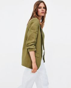 Image 4 of BLAZER WITH PLEATED SLEEVE DETAIL from Zara