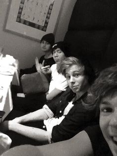 My boys... Luke Hemmings, Ashton Irwin, Micheal Clifford, Calum Hood ;)