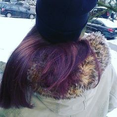 Hair Farba na vlasy.  Fialová farba na vlasy. Farbenie vlasov