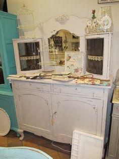 Buffetschrank Avignon Antiker Buffetschrank / Kommode / Anrichte  € 575,- Dresser, Antiques, Cozy, Furniture, Home Decor, Shabby Chic Sideboard, Home Kitchens, Ideas, Most Popular