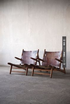 So cool - Børge Mogensen (1914 - 1972), a pair of Hunting Chairs in oak, leather…