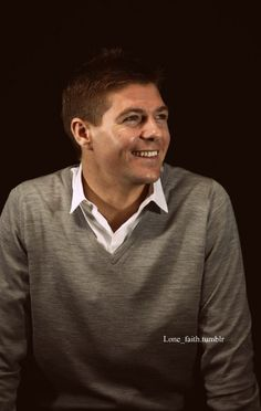 Oh hey Steven Gerrard! Liverpool Players, Liverpool Football Club, Liverpool Fc, Steven Gerrard, Stevie G, France Football, Premier League Soccer, England International, Captain Fantastic