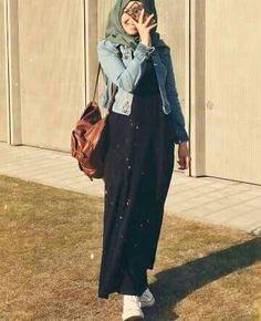 pretty babe Modern Hijab Fashion, Modesty Fashion, Hijab Fashion Inspiration, Muslim Fashion, Casual Hijab Outfit, Hijab Chic, Curvy Outfits, Fashion Outfits, Hijab Style Dress