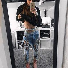 "310 Me gusta, 7 comentarios - R U B E N G A L A R R E T A (@rubengalarreta) en Instagram: ""❤️ LOOOVE GALARRETA BOY @alvaroasad & THE LEGGING HARNESS VOL.1 ❤️ #rubengalarreta…"""