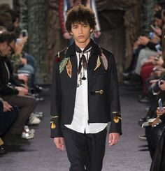 #VALENTINO #FW1617 Valentino, Instagram Posts, Jackets, Fashion, Down Jackets, Moda, Fashion Styles, Fashion Illustrations, Jacket
