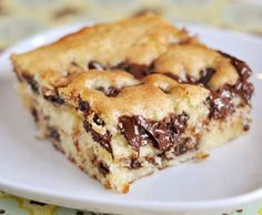 This chocolate chip cake is divine. Divine in it's combination of flavors, divine in it's ease, divine in it's chocolatey-ness, and divine in it's moistness!