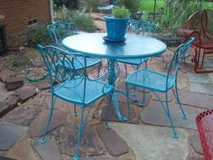 before and after vintage patio dining set, outdoor furniture, outdoor living, painted furniture, patio
