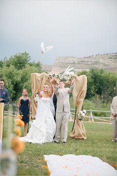 dove release at wedding http://www.weddingchicks.com/2013/10/25/navy-and-orange-wedding/