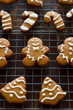 Small-batch Gingerbread Cookies With Faux Royal Icing http://bakingmischief.com/2016/12/02/small-batch-gingerbread-cookies-with-faux-royal-icing/ This perfect sweet and spicy Small-batch Gingerbread Cookie recipe will make 6 to 8 large cookies and...