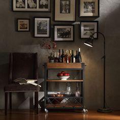 Een echte gentleman heeft een bar cart in huis: http://www.manners.nl/verfraai-je-interieur-met-een-bar-cart/
