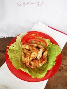 Méghogy unalmas és száraz a csirkemell?! Itt egy szuperfinom szaftos-ízes változata, megéri kipróbálni! Hozzávalók: 1 kg csirkemell 20 dkg mustár...