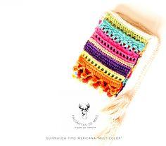 GUIRNALDA A CROCHET TIPO MEXICANA Crochet Bunting, Crochet Squares, Crochet Motif, Crochet Stitches, Knit Crochet, Crochet Instructions, Lana, Coin Purse, Banner