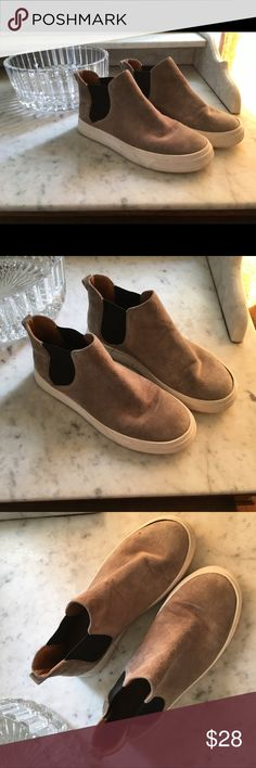 Chic suede leather sneakers by 14th & Union In very nice condition, only lightly used. Clean and ready to kick it! 🤸🏻♀️🤗❤️ 14th & Union Shoes Ankle Boots & Booties