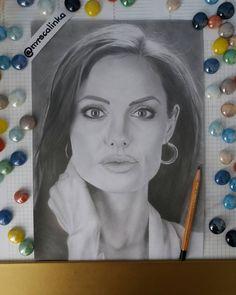 "Polubienia: 102, komentarze: 13 – @mrscalinka na Instagramie: ""Finished drawing #angelinajolie Pencils @kohinoor_hardtmuth  No idea who draw next  . . . .…"""