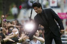 Shah Rukh Khan who is known for his quick wit beyond the filmy charm has come up with a similiar version of exit for himself. (Reuters)
