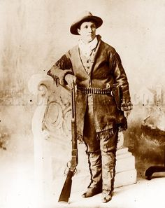 """Born Martha Jane Cannary in 1844, this Wild Woman of the West is best known as """"Calamity Jane."""" Calamity Jane preferred men's clothing; she donned buckskins and Vintage Photographs, Vintage Photos, Old West Photos, Calamity Jane, Geronimo, Poster Prints, Art Prints, Wild West, Historical Photos"""