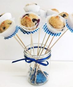 Mini Muffins on a stick (can make them healthy * looks great