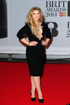 Ella Henderson on top of the world at number one with Ghost after whirlwind success since X Factor Ella Anderson, Beautiful Voice, Red Carpet Dresses, Celebs, Celebrities, Gorgeous Women, Selfies, Supermodels, My Girl