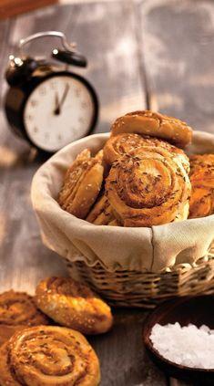 Škvarkové hniezda Camembert Cheese, Dairy, Food, Basket, Essen, Meals, Yemek, Eten