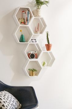 Triple Honeycomb Wooden Shelf