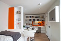 Student Accommodation - London Studio Windsor (Twin) Student Apartment, Student Room, Student Living, Student House, Student Accommodation London, University Rooms, Hall Interior, Interior Design, Studio Apartment Layout