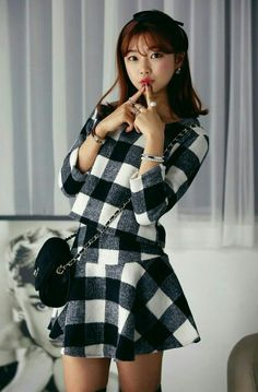 Top + Skirt Suit   Price : Rp. 250.000,- Kode : 21283 Black Size : S,M,L,XL  Wool, inner Silk S Length 39 waist 68 hip 80, shoulder 38 bust 88 length 46 M Length 40 waist 72 hip 84, shoulder 39 bust 92 length 47 L Length 41 waist 76 hip 88, shoulder 40 bust 96 length 48 XL Length 42 waist 80 hip 92, shoulder 41 bust 100 length 49 Review: Good, soft : medium++, thick: medium+, elastic: no