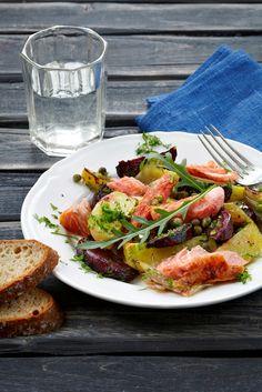 Lämmin punajuuri-loimulohisalaaatti | K-Ruoka #kala