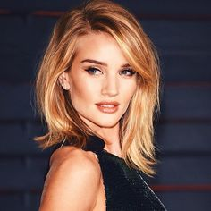 Rosie Huntington-Whiteley at the Vanity Fair Oscar party 2015