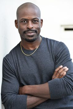 """from jaehakim.com: """"Though Sterling K. Brown has been acting for 15 years, he earned """"overnight sensation"""" status with his Emmy-winning performance as Chris Darden in the FX miniseries, """"The People v. O.J. Simpson."""" He returns to television in the new NBC series """"This Is Us,"""" which premieres on Sept. 20. The actor also will appear in the films 'Marshall' later this year, and, in 2017, M. Night Shyamalan's 'Split.'"""""""