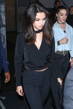 December 3: Selena leaving Catch LA Restaurant in West Hollywood, California [HQs]
