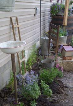 Photos of Primitive Gardens   visit primitiveblessings com