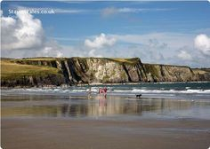 Taking a morning walk on the beach at Newport, Pembrokeshire. Newport Wales, Newport Beach, Pembrokeshire Wales, National Geographic Photographers, Cymru, Swansea, Places Of Interest, Beach Walk, Coastal Cottage