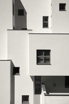 black and white, photography, architecture, building, windows Minimalist Architecture, Facade Architecture, Installation Architecture, Architecture Wallpaper, Contemporary Architecture, Minimalist Photography, White Photography, White Aesthetic, Interior And Exterior