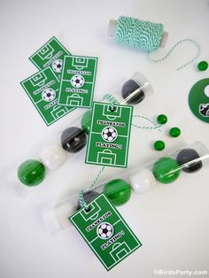Soccer football birthday party ideas for boys or girls! Lots of creative DIY decorations, party printables, food and fun favors ideas! Soccer Birthday Parties, Birthday Party Desserts, Birthday Cup, Football Birthday, Soccer Party, Sports Party, Football Soccer, Soccer Ball, Soccer Center