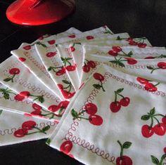 kojotutorial: cherry cocktail napkins
