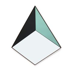 04a Pyramid Mirror_clean.jpg