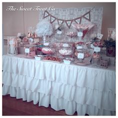 The Sweet Treat Co Candy Bar at Luttrellstown Castle, Ireland. Vintage Candy Buffet, Confectionery, Wedding Events, Sweet Treats, Baby Shower, Candy Bars, Table Decorations, Ireland, Castle