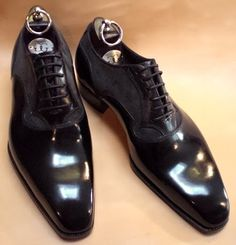 Important rules to consider before buying a pair of dress shoes.