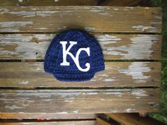 Newborn  KC Royals baby cap,crochet baby cap, beanie KC Royals hat photo prop shower gift Baseball cap by Etvy on Etsy