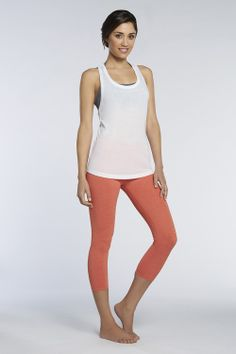 I love the color on the Lima Capri's! It looks gorgeous with the white tank. #fabletics #fableticsfitsquad