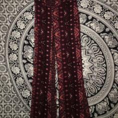 Bohemian flowy pants!  Bohemian pants! Super cute and only worn twice still in great condition! They also have an expandable waist! Size: XS Mudd Jeans